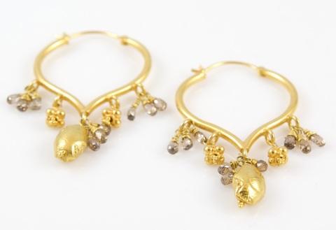 Thalia_earrings